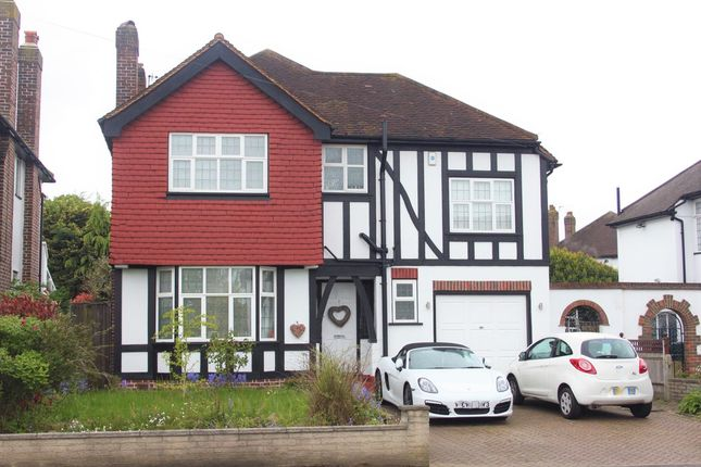 Thumbnail Detached house to rent in Wickham Court Road, West Wickham