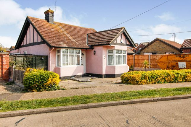 2 bed detached bungalow for sale in Beverley Avenue, Canvey Island SS8