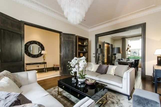 Thumbnail Maisonette for sale in Cleveland Square, London