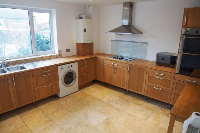 Thumbnail Terraced house to rent in Field Close, Chingford