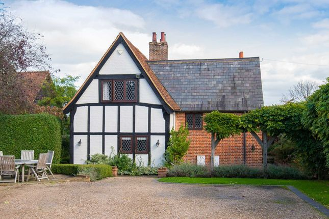 Thumbnail Detached house for sale in Redbourn Road, Hemel Hempstead