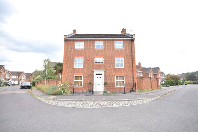 Picture No. 25 of Arbery Way, Arborfield, Reading, Berkshire RG2