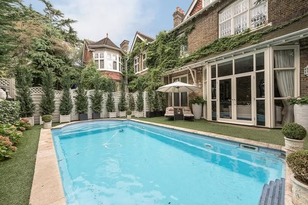 Thumbnail Property to rent in Frognal, London