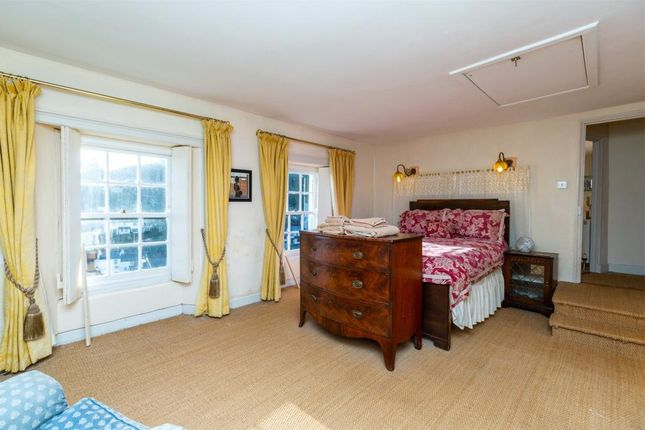 Master Suite of Hillside, Talland Hill, Polperro, Looe PL13