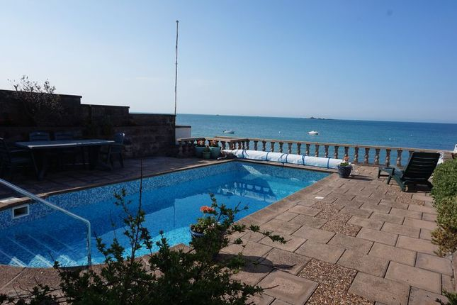 Thumbnail Property for sale in La Cache Du Bourg, St. Clement, Jersey