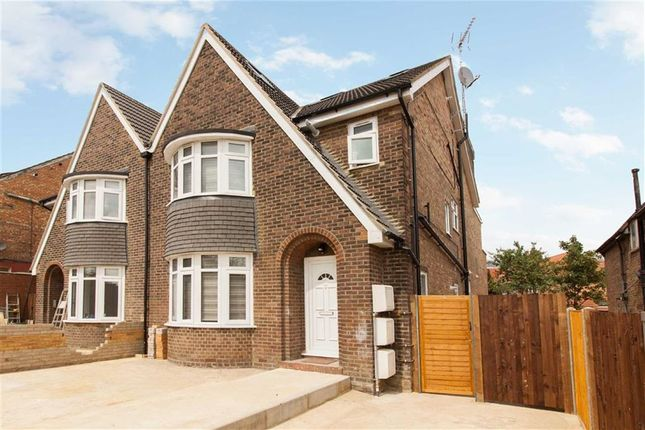 Thumbnail Flat to rent in Western Avenue, London