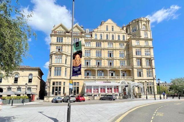 Thumbnail Flat for sale in Grand Parade, Bath