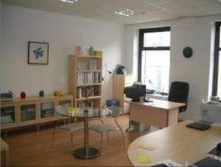 Serviced office to let in Holdsworth Road, Halifax