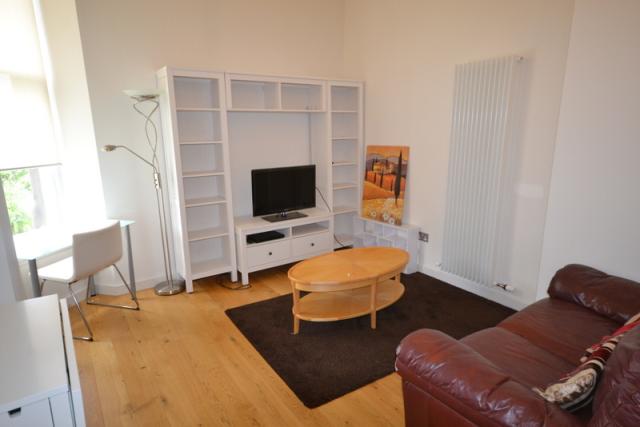 Thumbnail Flat to rent in Simpson Loan, Central, Edinburgh, 9Bb
