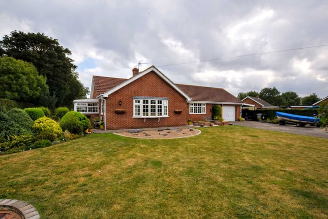 Thumbnail Bungalow for sale in Marsh Lane, North Somercotes, Lincolnshire