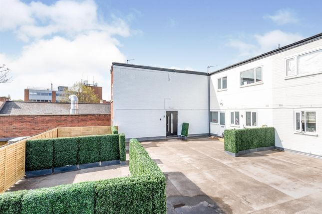 1 bed flat for sale in Birmingham Road, Sutton Coldfield B72