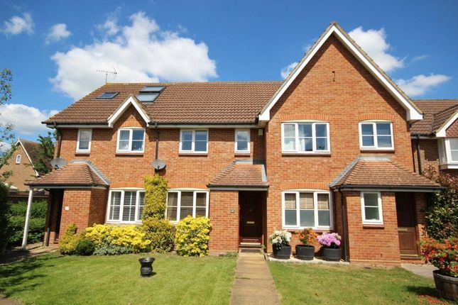 Thumbnail Terraced house for sale in Farmers End, Charvil