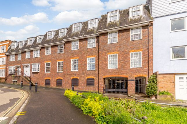 Front (Main) of Quarry Street, Guildford GU1