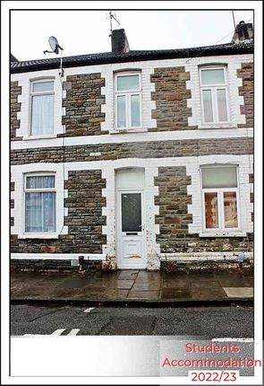 Thumbnail Shared accommodation to rent in Merthyr St, Cardiff