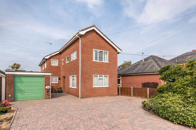 Thumbnail Detached house for sale in Parsonage Barn Lane, Ringwood