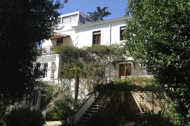 4 bed property for sale in Nimes, Gard, France