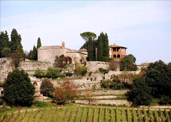 9 bed country house for sale in 53016 Murlo Province Of Siena, Italy
