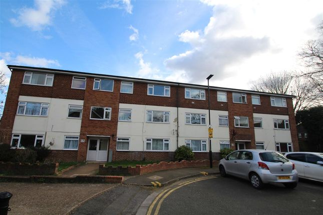 Main Picture of Cambria Court, Hounslow Road, Feltham TW14