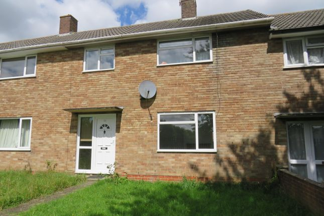 Thumbnail Property to rent in Portsmouth Crescent, Basingstoke