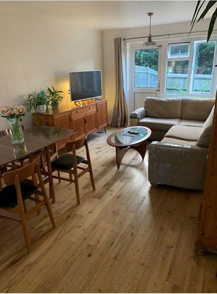 Thumbnail Flat for sale in Claret Gardens, London