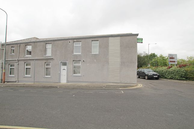 Thumbnail Flat to rent in Whalley Road, Accrington