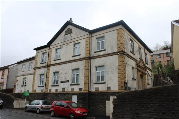 Thumbnail Flat for sale in Meadowhall Court, Senghenydd, Caerphilly
