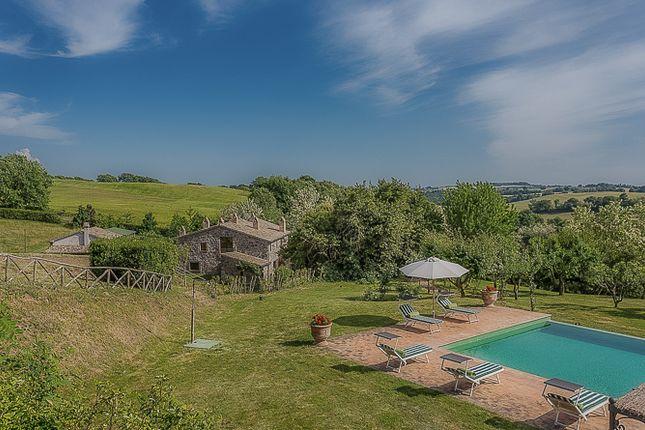 Thumbnail Country house for sale in Località Lago di Sugano, Orvieto, Umbria