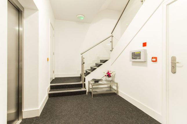 Communal Entrance And Lift