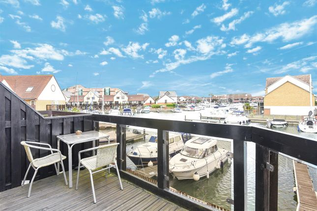 4 bed town house for sale in Tintagel Way, Port Solent, Portsmouth