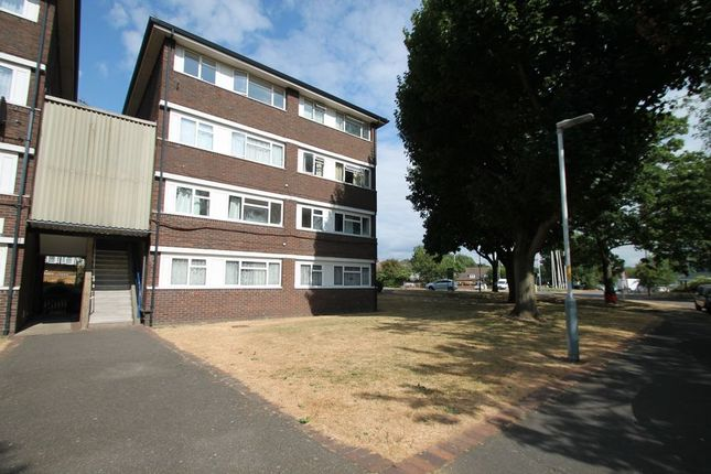 Thumbnail Flat to rent in Hornbill Close, Cowley, Uxbridge
