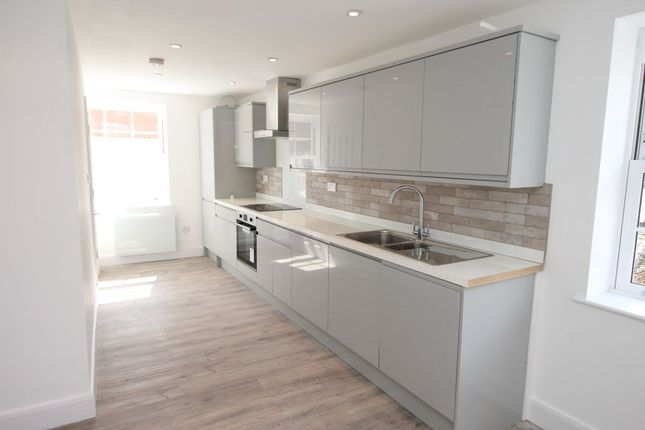 Thumbnail Flat to rent in Tavistock Place, Bedford