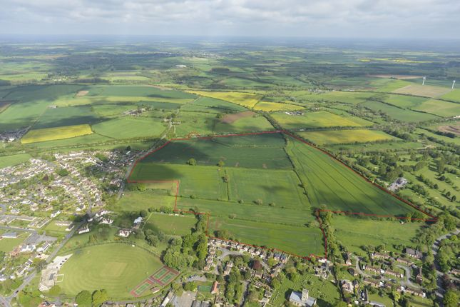Thumbnail Land for sale in Highworth Road, Shrivenham