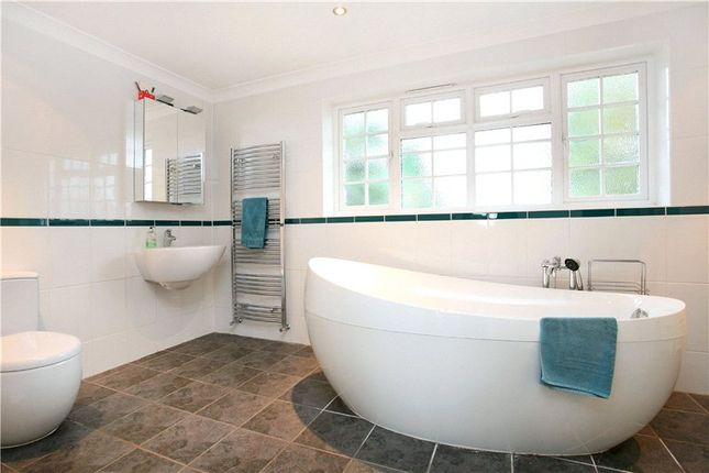 Picture No. 10 of Armitage Court, Sunninghill, Berkshire SL5