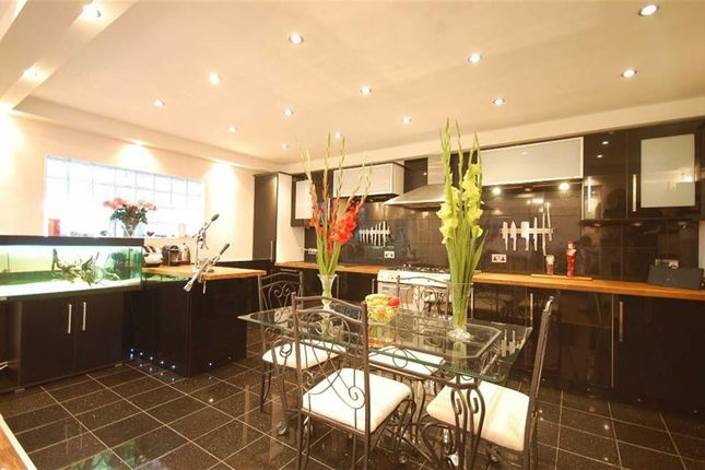 Thumbnail Detached bungalow to rent in Hill Rise, Ruislip