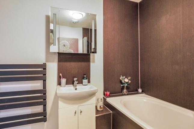 Bathroom of The Cranfield, Hine Hall, Nottingham, Nottinghamshire NG3
