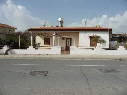 3 bed town house for sale in Dromolaxia Junction, Dromolaxia, Cyprus