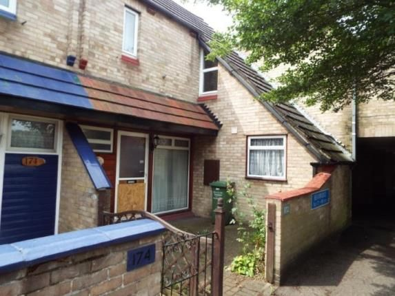 3 bed terraced house for sale in Beambridge, Pitsea, Basildon