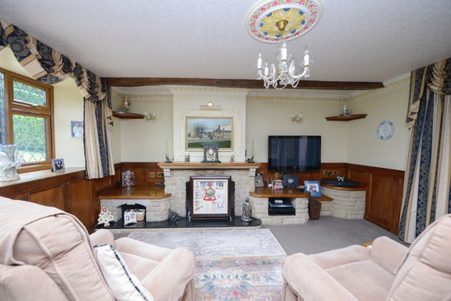 Lounge of Woodnook Lane, Old Brampton, Chesterfield S42