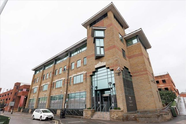 Thumbnail Office to let in Siena Court, Maidenhead