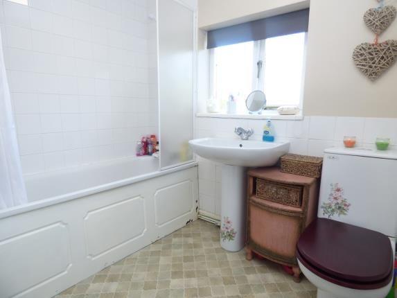 Bathroom of Green Terrace, Llangaffo, Anglesey, Sir Ynys Mon LL60