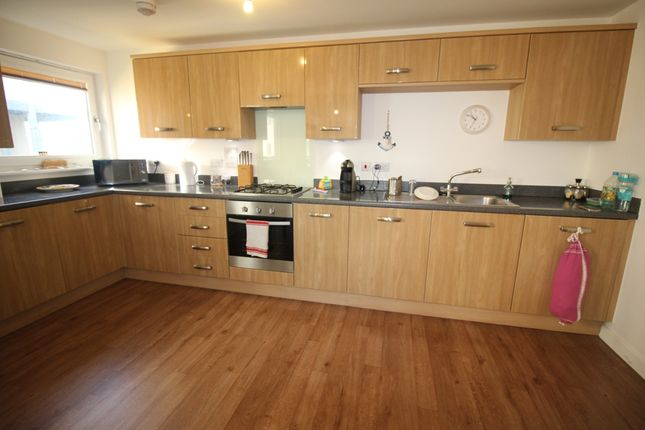 Fitted Kitchen of Groombridge Avenue, Langney Point, Eastbourne BN22