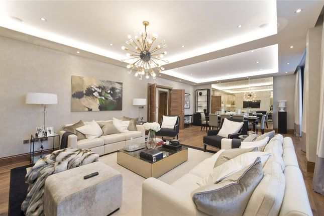 Thumbnail Property for sale in Campden Hill Court, Campden Hill Road, Kensington, London