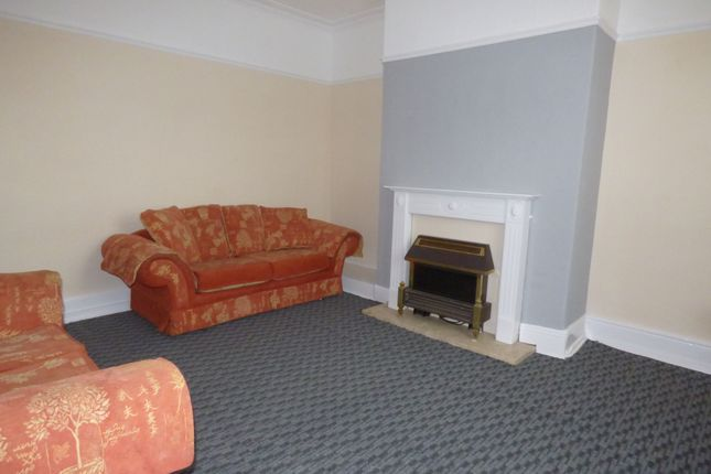 Thumbnail Terraced house to rent in Claremont Terrace, Armley