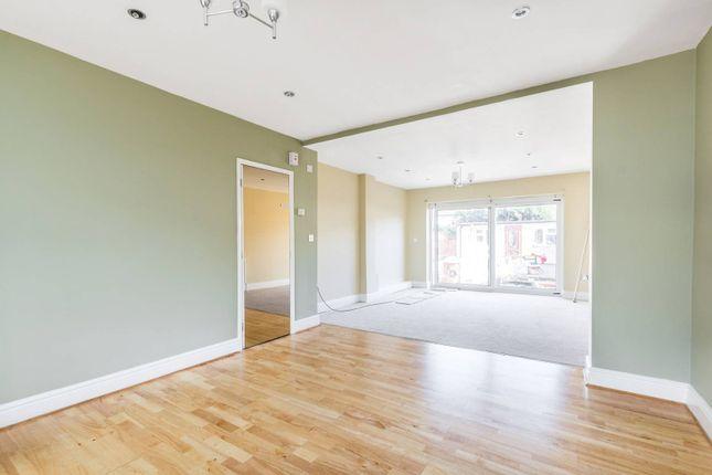 Thumbnail Property to rent in Gainsborough Road, Kew