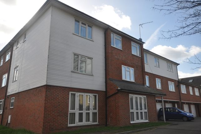 Thumbnail Flat to rent in Rochester Road, Gravesend