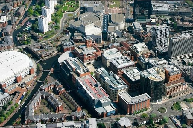 Thumbnail Flat for sale in Brindleyplace, Birmingham
