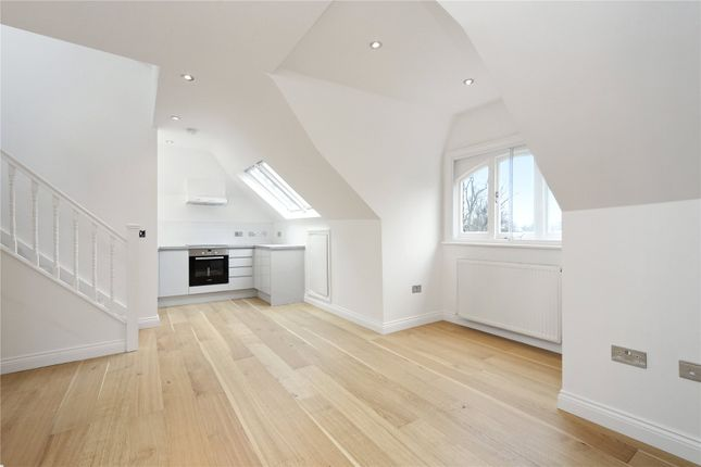 Thumbnail Flat for sale in Acton Lane, London