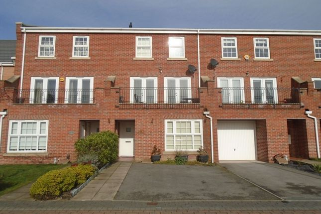 Thumbnail Terraced house to rent in St. Hilaire Walk, Leeds