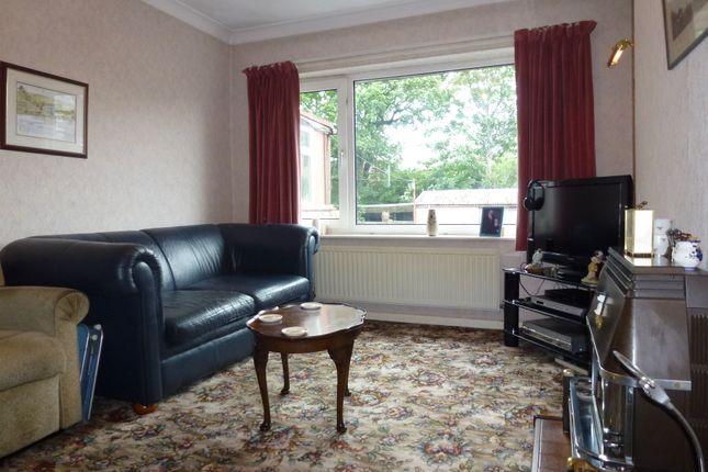Lounge of St Annes Road, Leyland PR25