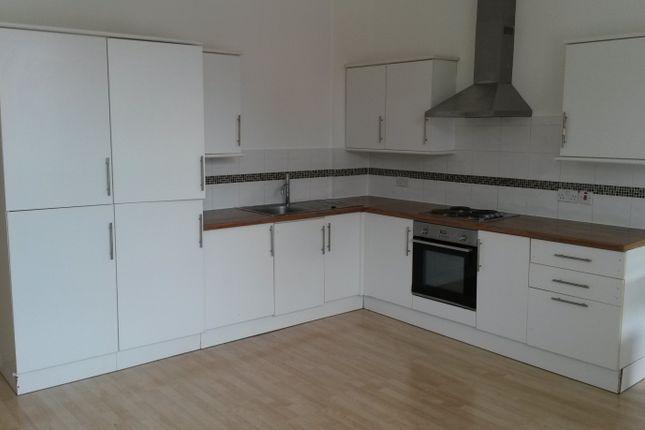 2 bed duplex to rent in Castle Street, Luton